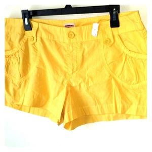 Final Price!Mossimo Supply Co,Short Yellow.